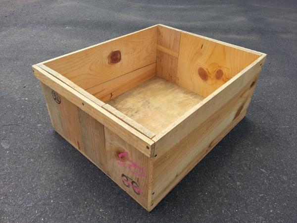 りんご収穫用木箱(中サイズ)