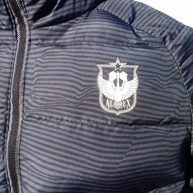 【選手入場時着用ジャケット】X Rengiダウンジャケット