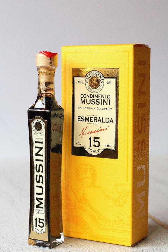 ムッシーニ社バルサミコ・エスメラルダ15年熟成 商品