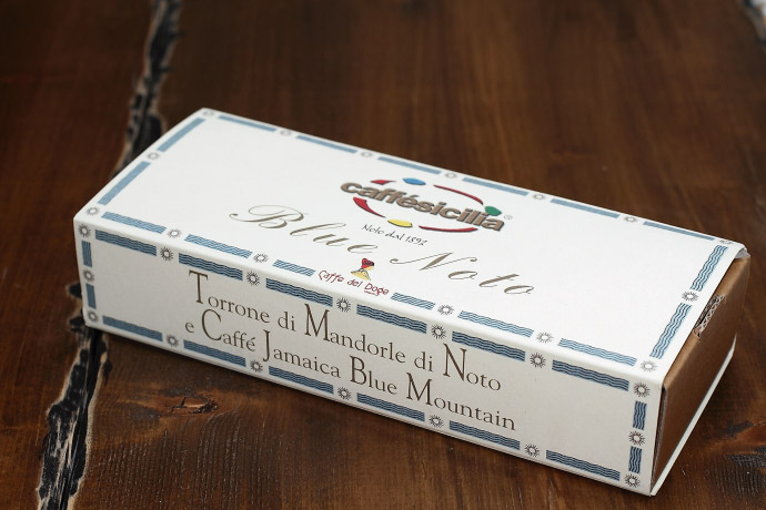 コーヒー豆入りトローネ カフェ・シチリア社 イタリア産 (Italian Nougat with almonds & coffe beans by caffe sicilia) 商品