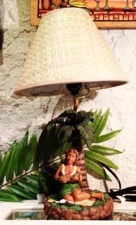Hawaiian ランプ/ウクレレガール