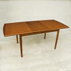 ビンテージ木製ダイニングテーブル伸長式