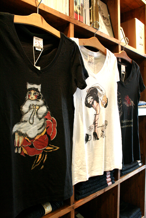 QUEEN BEE 「VNECK TEE SHIRTS」 Vネックティーシャツ