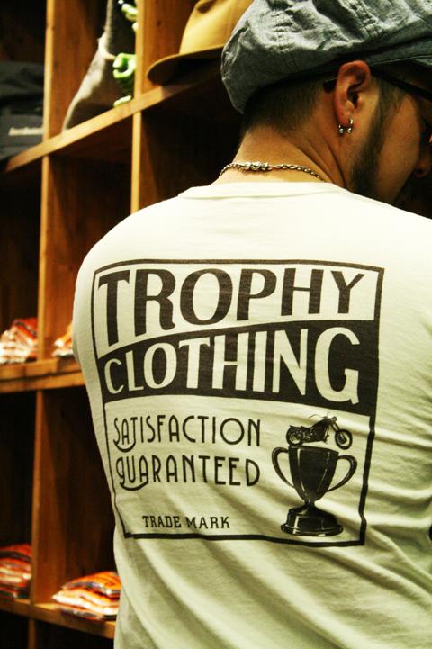 TROPHY CLOTHING  「BOX LOGO TEE 」 ポケットティーシャツ