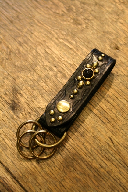 DEXTER 「VINTAGE ACRYLIC STUDS KEY RING」 キーリング