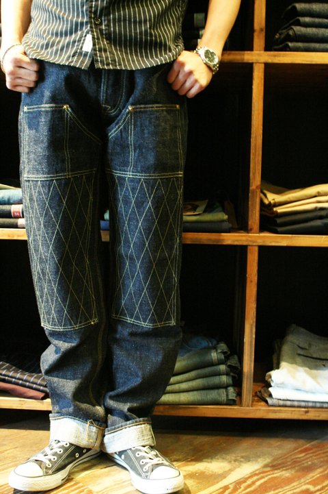 TROPHY CLOTHING   「1606SW W KNEE STANDARD DIRT DENIM」   ダブルニースタンダードダートデニム