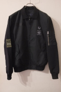 FRED PERRY �ե�åɥڥ꡼���� ART COMES FIRST��Contrast Sleeve Harrington Jacket���ϥ��ȥ󥸥㥱�å� �����󥰥ȥå� *BLACK ��different���Ρ�