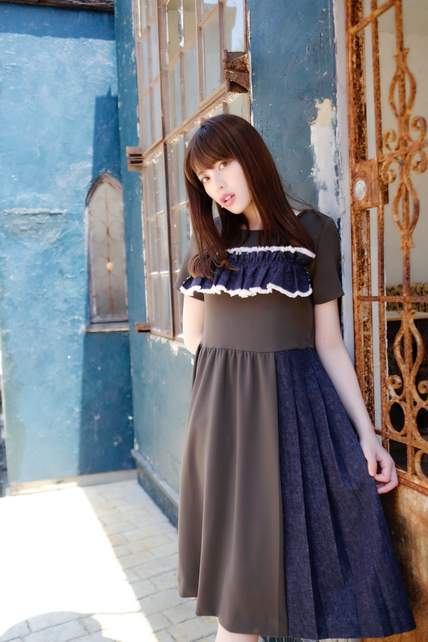【selva secreta】POINTE DENIM DRESS (khaki)
