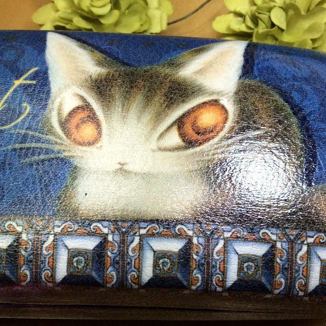 猫のダヤンと一緒に図書館や本屋さんにお出掛けしましょうか?マイクロファイバー製のメガネ拭きも付いてお得なメガネケースアンダルシア