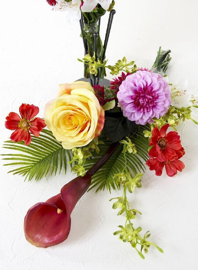 【造花の仏花・供花】ダリア&カラーのモダン洋風供花(左右1対セット)