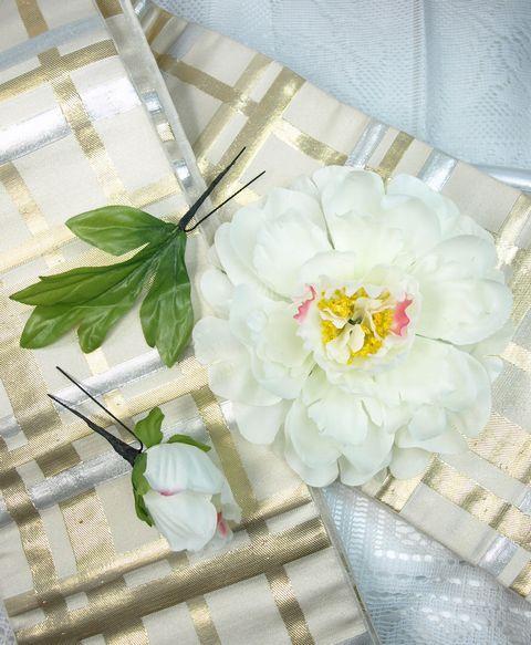 コサージュ&髪飾り(両用/3点セット)(白牡丹)