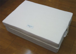1992年の発売以来、腰痛の人たちから支持されているロングセラー敷布団「ロマンスエコー」