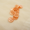 【丸型(染めボタン)】高瀬貝 貝ボタン#00017 4穴11.5mm C/#caramel