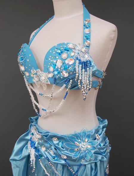 薄いブルーのベリーダンス衣装 ミラーナ
