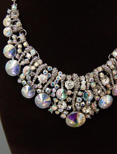 輝きを放つネックレスとピアスのセット1 ミラーナベリーダンス衣装
