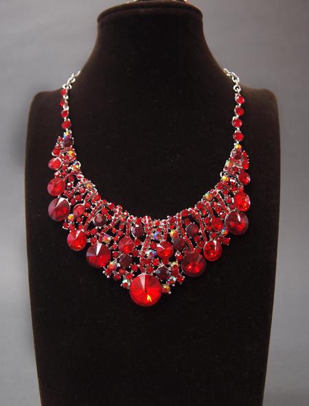 ガーネットのような輝き!ネックレスとイヤリングのセット ミラーナベリーダンス衣装