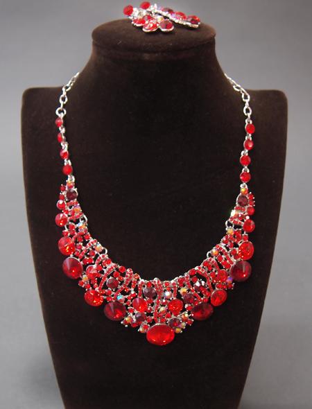 ガーネットのような輝き!ネックレスとイヤリングのセット2 ミラーナベリーダンス衣装
