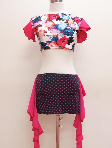 ピンクフリル袖ホワイトローズトップス2 ミラーナベリーダンス衣装