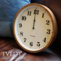 Tvedt(トヴェット)掛時計 全2カラー(NA/BN)