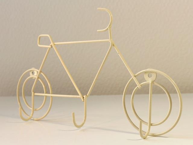 自転車の 自転車 壁掛け 縦 : 自転車柄】【壁掛け ...