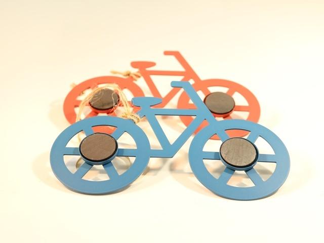 自転車の 自転車 壁掛け 縦 : 自転車,キーホルダー,自転車柄 ...