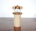 【数量限定】白樺・チーク材のお花(Kukka)ピックスタンド+ピック5本セット/【予約商品平成29年5月下旬〜6月上旬頃発送】