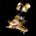 Ron English x BlackBook Toy( ��󡦥��󥰥�å���)��Mousemask Murphy in Airplane Bangkok Gold edition