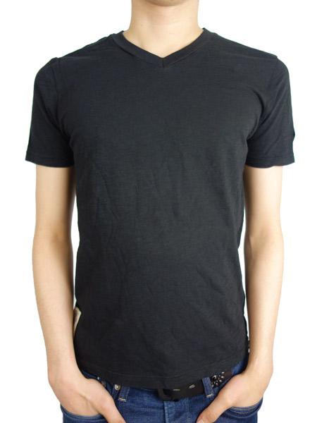 Johnson Motors Inc. BLANK V-NECK JET BLACK