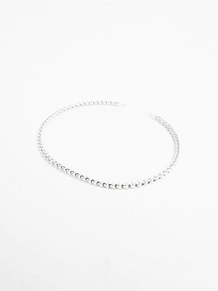 EDF TWISTED CORNER LINE SLIM BANGLE