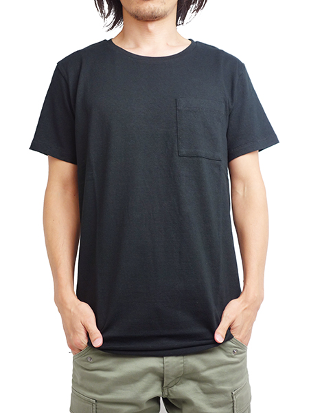 LIFE IS.... BIG POCKET TEE BLACK