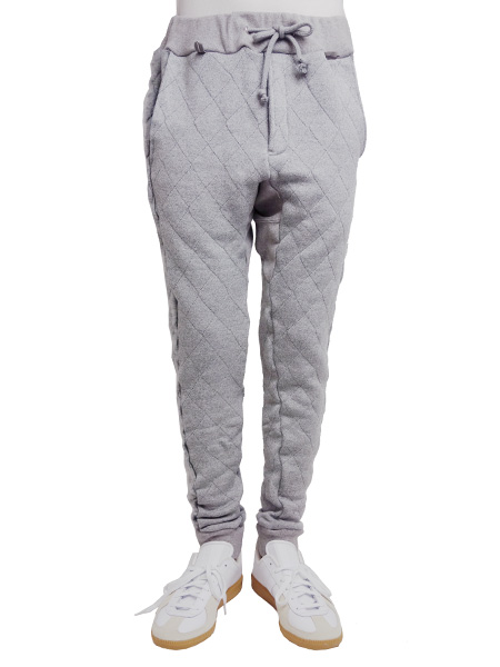 もちはだ×SEVESKIG QUILTING SWEAT PANTS GRAY