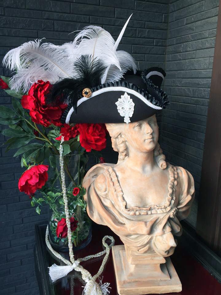 Bloody Roseオリジナル★トリコーン帽子★羽付き帽子 仮面舞踏会 フェルゼン