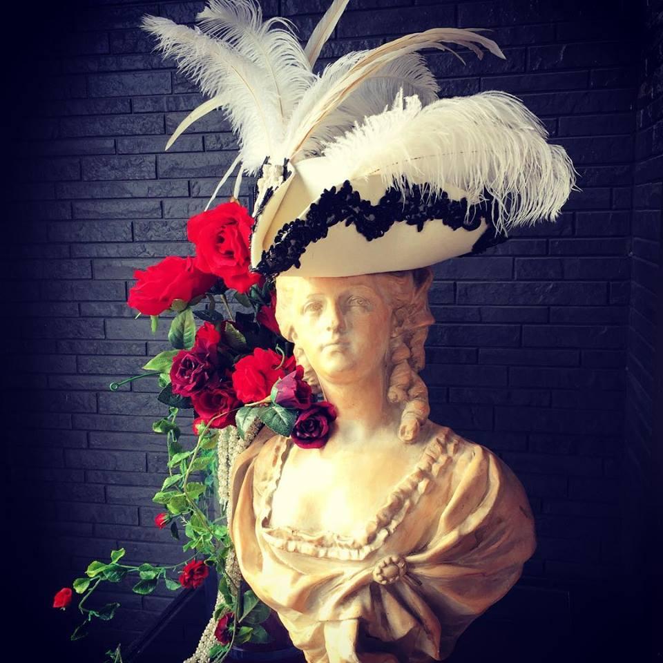 Bloody Roseオリジナル★トリコーン帽子★羽付き帽子 仮面舞踏マリアの帽子