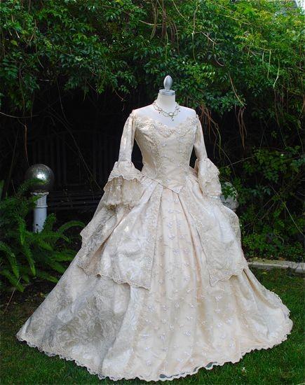 ゴシックドレス・マリーアントワネットドレス 結婚式