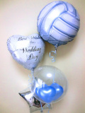 結婚祝・式場祝電・バルーンギフト・バレー部・ハイキュー「バレーボール大好きブライダルバルーン」バルーン電報になります。