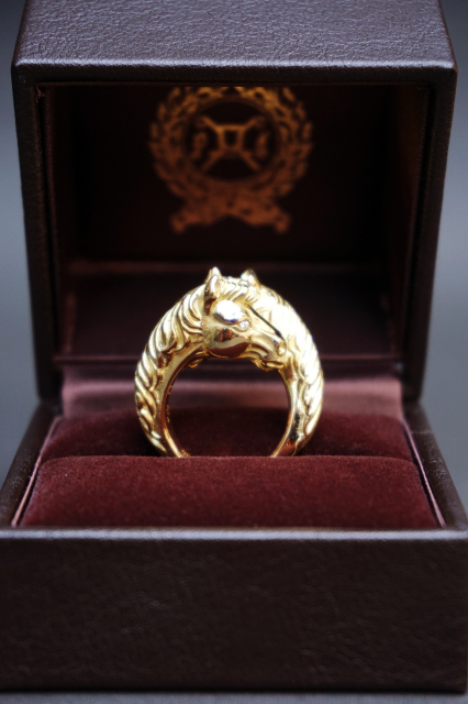 PEANUTS & Co. TWO FACE HORSE RING ☆K18 GOLD