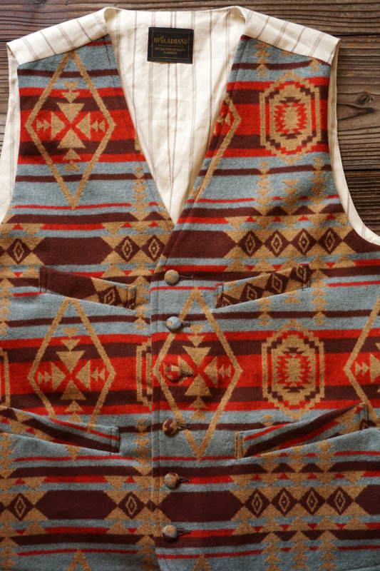 BY GLAD HAND FRONTIER - VEST SAX