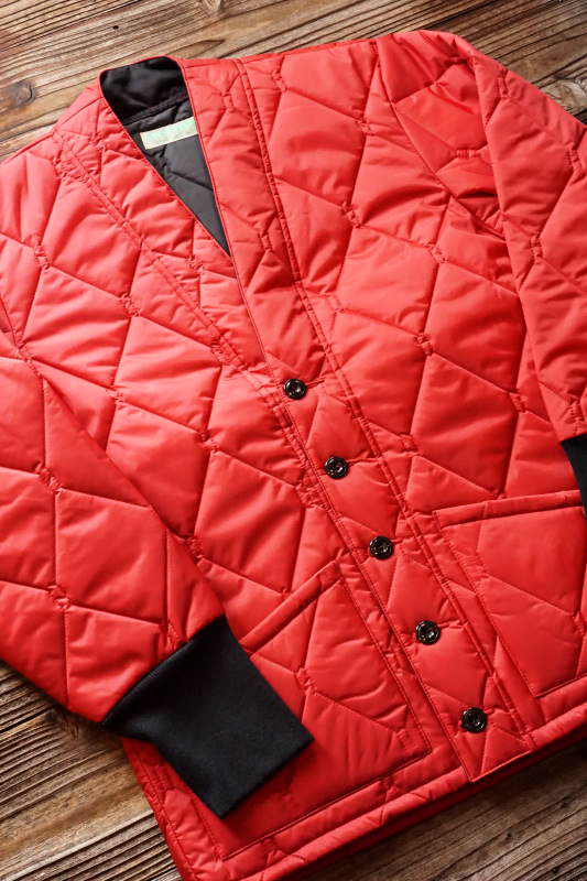 5 WHISTLE QUILT CARDIGAN RED