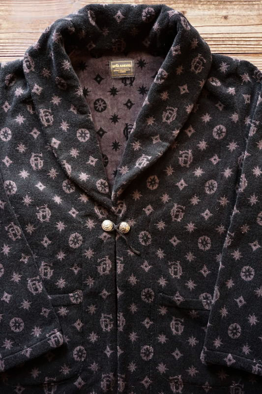 BY GLAD HAND FAMILY CREST - SMOKING JACKET