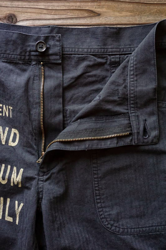 BY GLAD HAND GLAD CHEWING GUM - S/S SHORTS BLACK