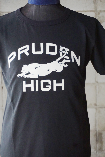 "Delinquent Bros ""PRUDEN""COLLEGE Tee BLACK"