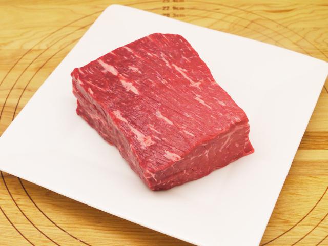 九州産牛モモブロック 500g 【真空冷凍品・小分け不可】 【16720】