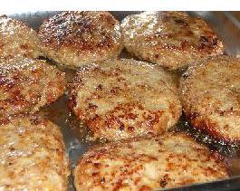 あとは焼くだけ 九州食肉学問所手作りハンバーグ 10枚セット(1枚150g) 冷凍半調理品 ステーキソース付き【73411A】