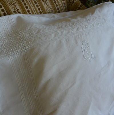 B1376 フランスアンティークリネンピローケース/クッションケース 手刺繍モノグラム&リネン 78x62cm