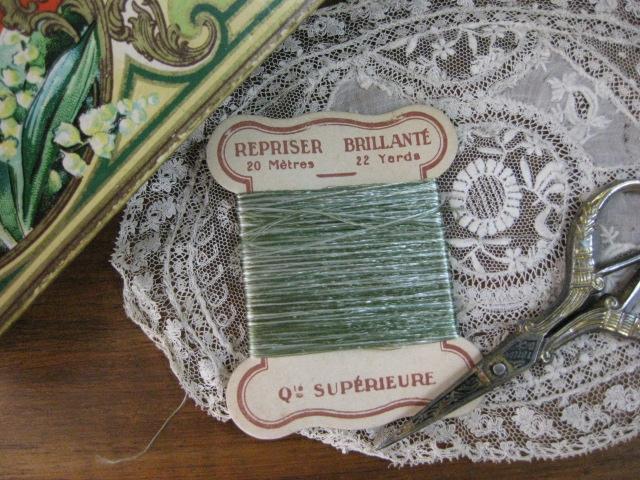 紙製台紙糸巻き(Vert)