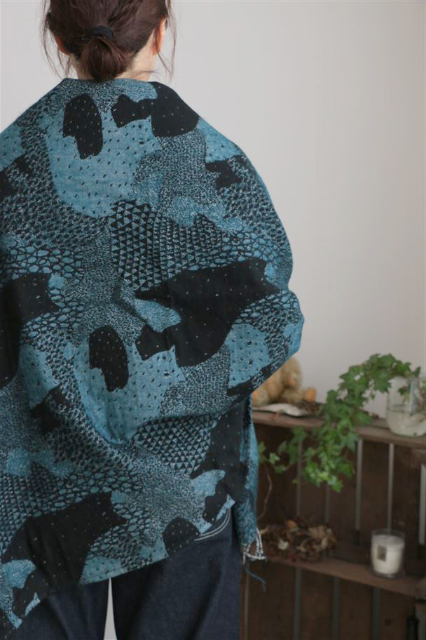 086F030211 marble SUD We are cats JQ SHAWL 2色