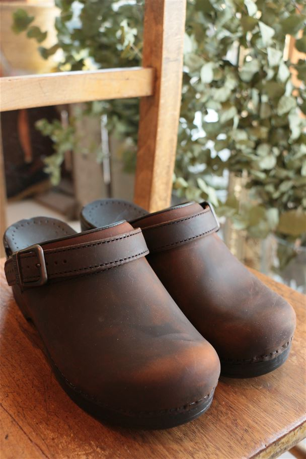 dansko INGRID OILED 2色