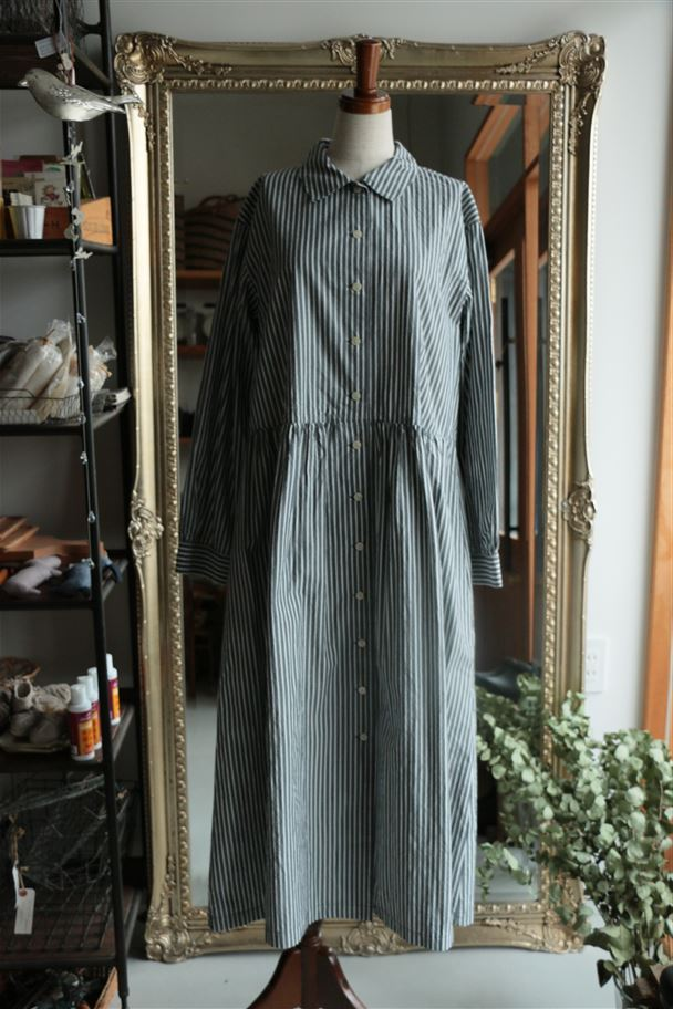 SD63AW290F01 STAMP AND DIARY West Tuck Shirt Dress 細ストライプ