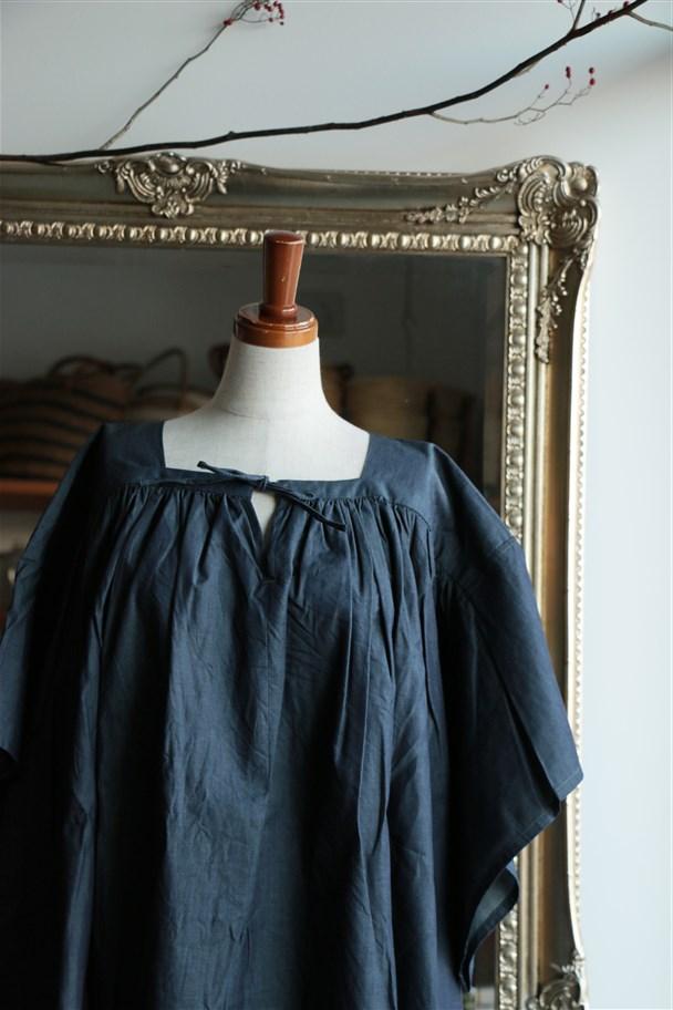 17-S090 si si si gathers wide ribbon blouse indigo