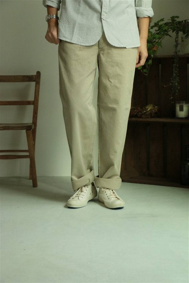 DW02 DAILY WARDROBE INDUSTRY NEW STANDARD CHINO beige